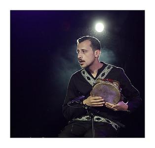 Amer Dahbar percussioniste du groupe Broukar