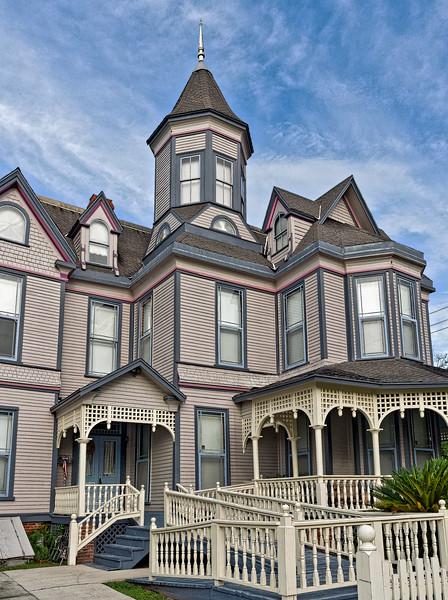 Palatka Queen Anne Victorian Home