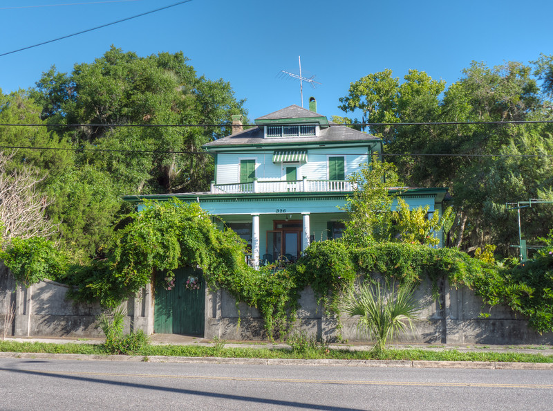 Palatka Riverfront Home