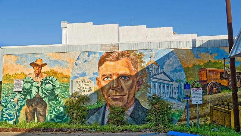 Bill Pearce Highway Mural