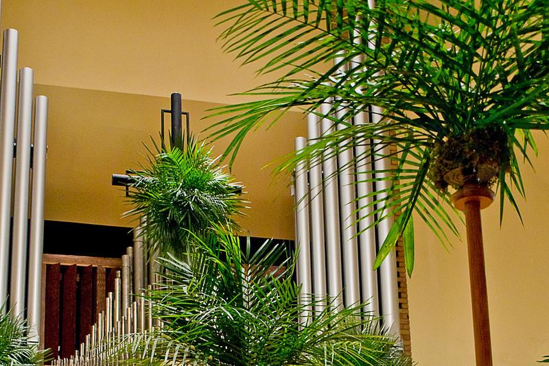 br-palmsunday09-0405
