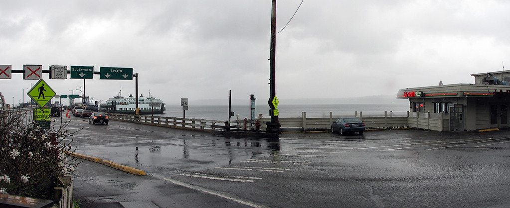 A cold and rainy day at the Vashon Island Ferry Dock.
