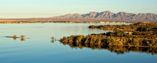 Lake_Havasu_Wildlife_refuge_Panoramc1