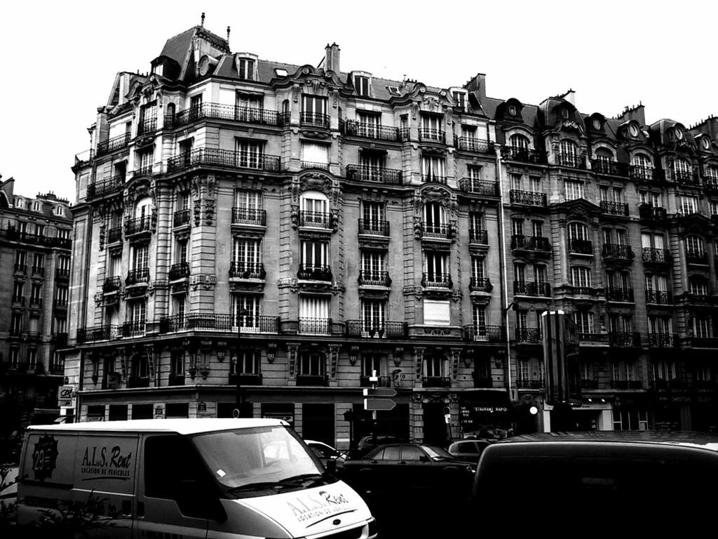 random paris shot