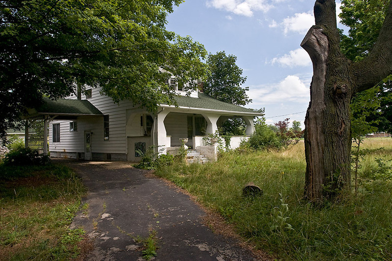 Passings – Empty Ohio home<br /> ©2009 Peter Aldrich