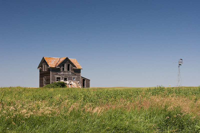 Passings – Abandoned North Dakota farmhouse <br /> ©2011 Peter Aldrich