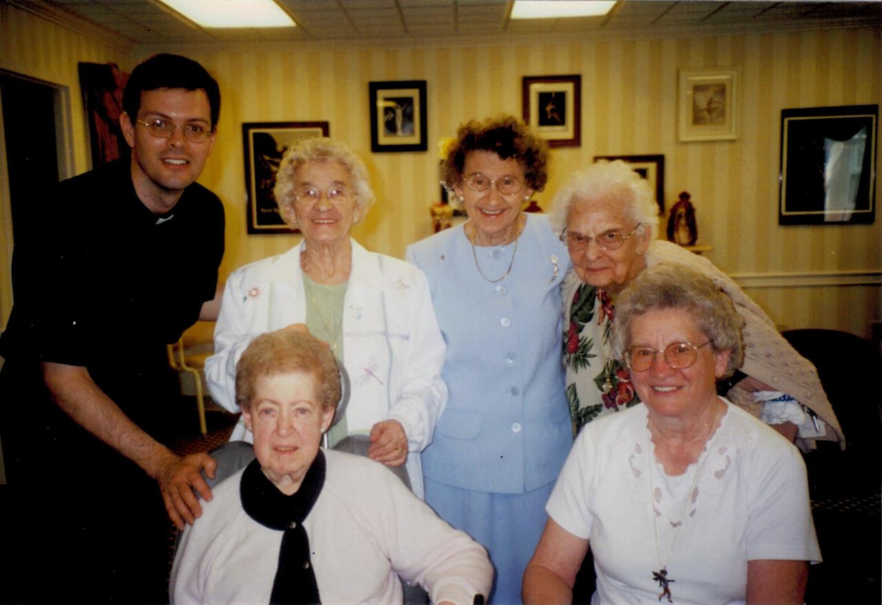 Pastor Bjornstad, Betty McKeen, Norma Duddek, Audrey Russel, Frieda Monsky, Elsie Schweitzer