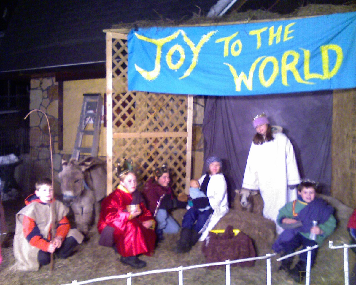 Life Nativity at the CHAIN Center