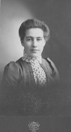 Katherine (Katie)Von Arx ---married William Langen - Age 19 in this photo - older sister William Von Arx and to twins Joe and Mary Von Arx.
