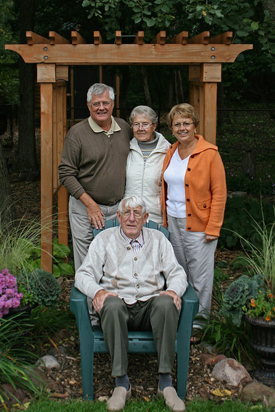 Oma, Opa, Gus, and Sandy