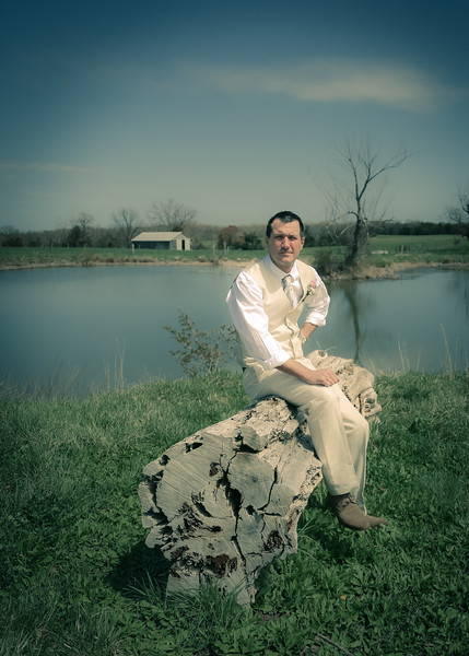 Waiting for His Bride on the log art tint (1 of 1)