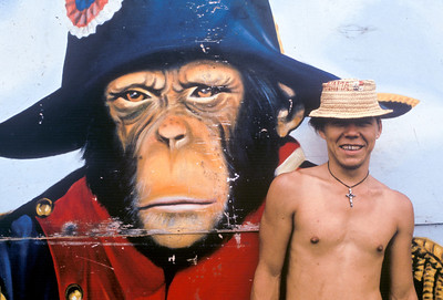 060120_1Costa_Rica_Monkey_ _Man