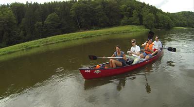 Kanu paddeln am Regen