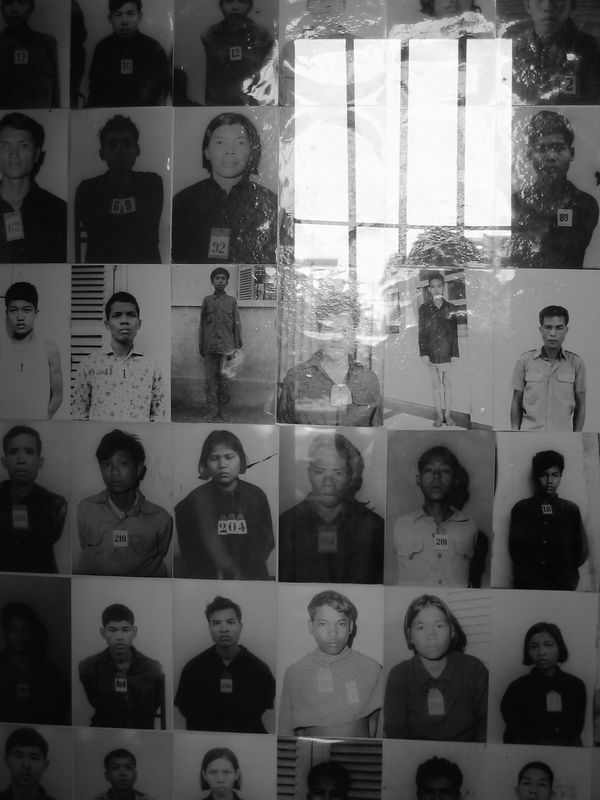 the khmer rouge took pictures of all of the incoming prisoners before torture.
