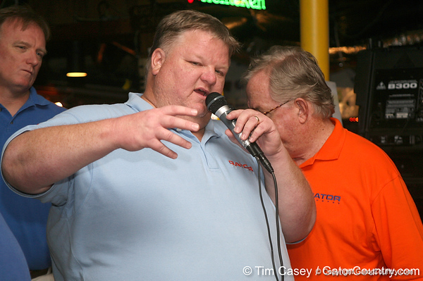"photo by Tim Casey<br /> <br /> Gator Country Recruiting Coordinator ""Hollywood"" Bob Redman answers questions about Florida football recruiting during the seventh Gator Country Caravan stop on Tuesday, July 29, 2008 at the Press Box Sports Bar in Tampa, Fla."