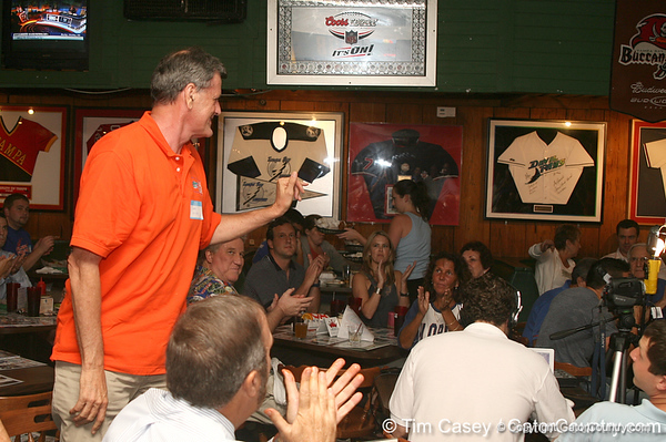 photo by Tim Casey<br /> <br /> Florida basketball great Gary Keller waves to guests during the seventh Gator Country Caravan stop on Tuesday, July 29, 2008 at the Press Box Sports Bar in Tampa, Fla.