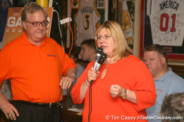 photo by Tim Casey<br /> <br /> during the seventh Gator Country Caravan stop on Tuesday, July 29, 2008 at the Press Box Sports Bar in Tampa, Fla.