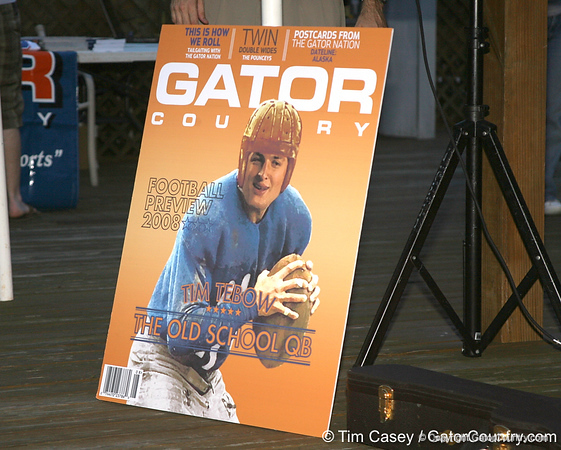 photo by Tim Casey<br /> <br /> during the first Gator Country Caravan stop on Friday, July 11, 2008 outside of  Gator Landing Restaurant in East Palatka, Fla.