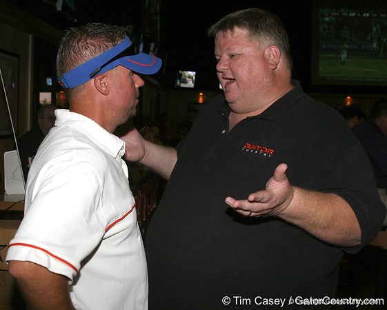 photo by Tim Casey<br /> <br /> Gator Country Caravan stop on Wednesday, July 16, 2008 at Sneakers Sports Grille at Pointmeadows in Jacksonville, Fla.