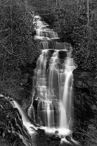 27th Nov, Took a short ride to Soco Falls today.  We got there a little early, so had to wait for the sun to set and almost go down.  This would be great falls to photograph from the bottom, if you didn't have to slide down an  billy goat hill!  I might have been able to slide down there, but don't think I could have got back out without a rope and climbing gear.