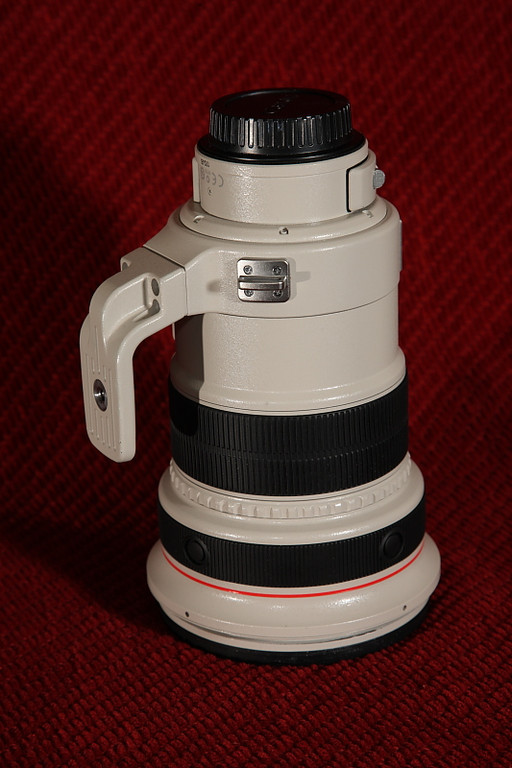 Canon 200 f2L IS