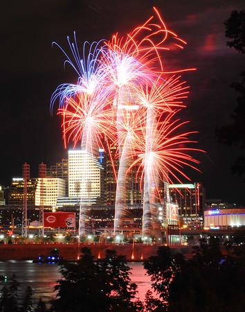 150731 CVG Fireworks