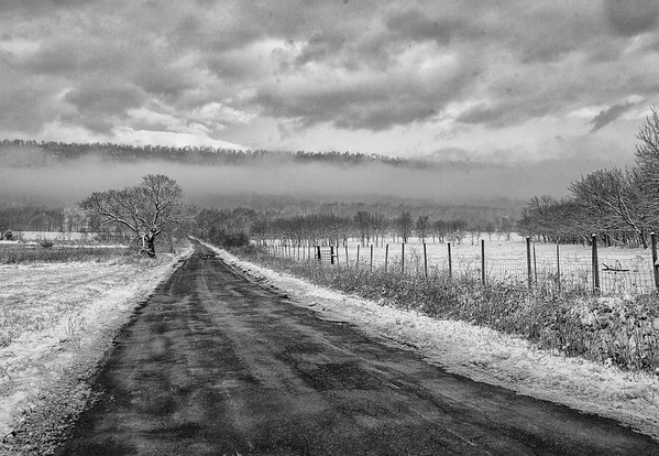 First Snow on Tuscarora Pike B/W