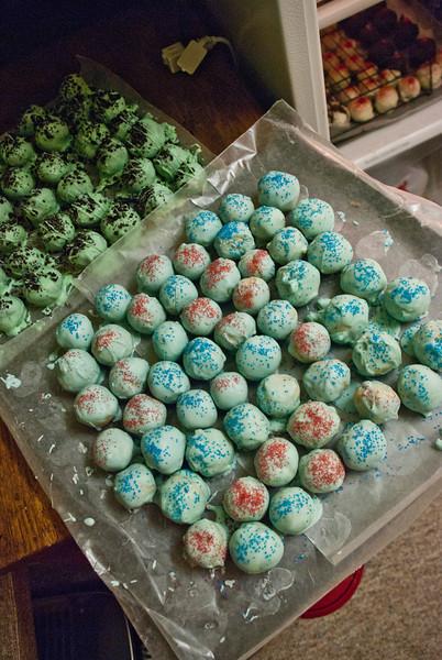 150+ Homemade Christmas Truffles!