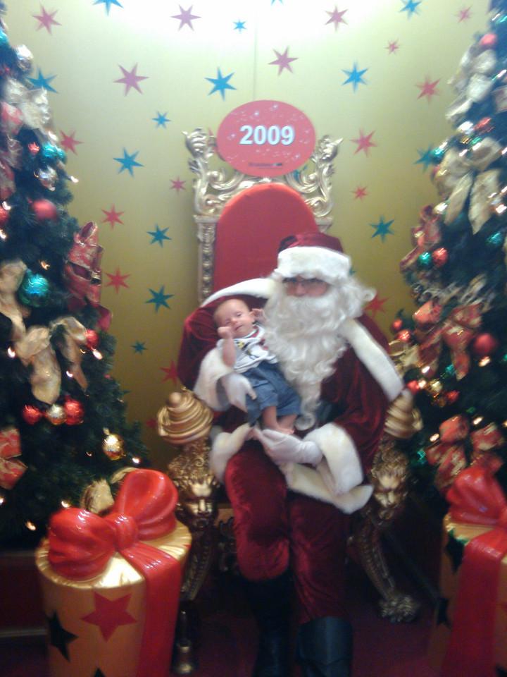 Louis meets santa
