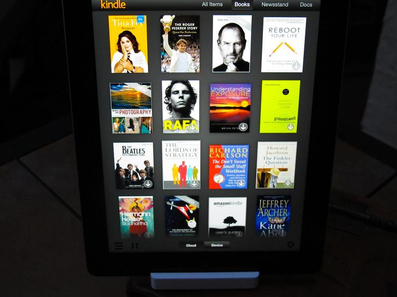 The Kindle on the new iPad is a D-E--L-I-G-H-T