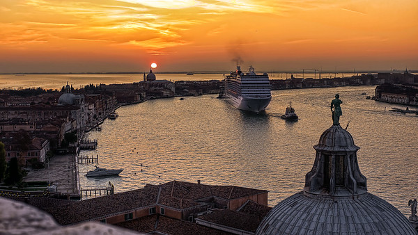 Cruiseship at sunset in venice