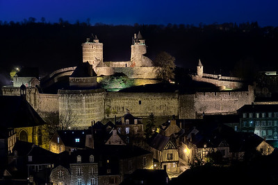 Fougeres by night