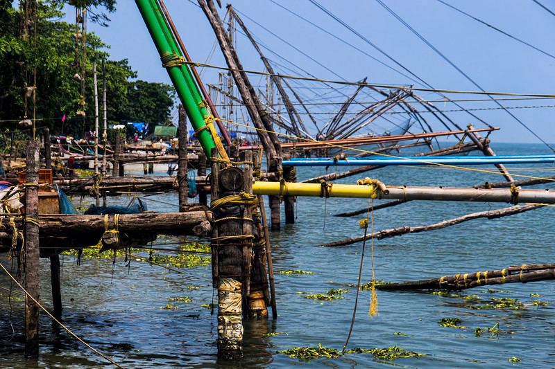 Chinese Fishernets, Basking in the muggy heat of Kerala, watching these traditional fishernet going up and down is really soothing ...., Kunnumupuram, Cochin, Kerala, India; © Joerg Muehlbacher