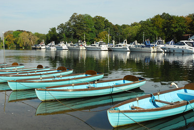Boats on the Thames, Hampton Court