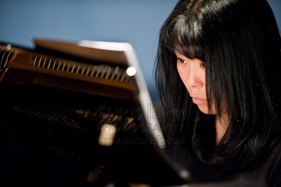 Mika Sunago, pianist