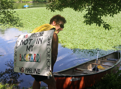 Pipeline foes march in Groton