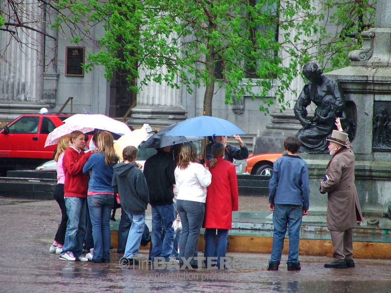 Montreal Tour Guide
