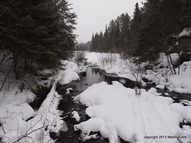 Toward Crow Lake.  We will cross the stream on the left near the Y rather than to push through dense forest on the left.
