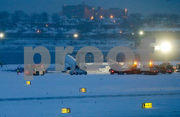 Travel LaGuardia Plane Off Runway Winter Weather