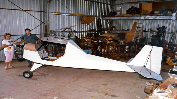Peter Milne built and flew this ultra light at Capella. He went on to build another one.