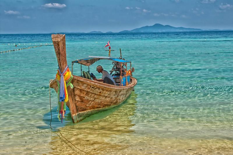 Phi Phi Longboat