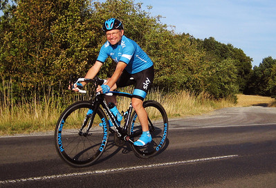 Plomi's cycling images
