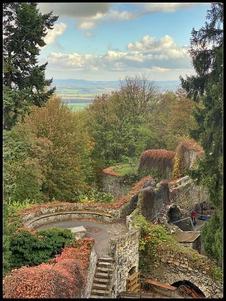 Grodziec Castle grounds
