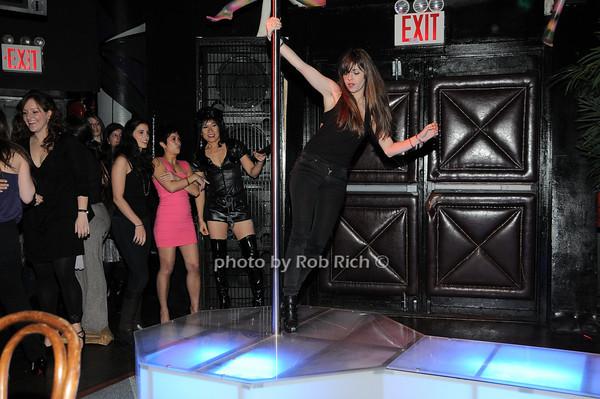 guest<br />  photo by Rob Rich © 2010 robwayne1@aol.com 516-676-3939