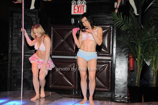 Michelle Stanek, Mai Yee<br /> photo by Rob Rich © 2010 robwayne1@aol.com 516-676-3939