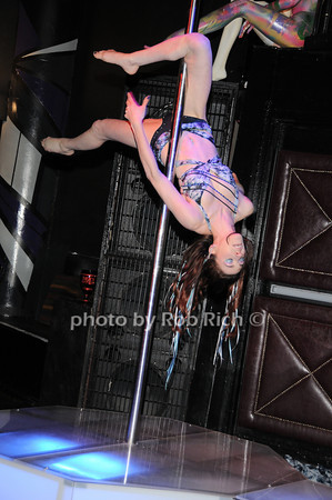 Ryssa<br /> photo by Rob Rich © 2010 robwayne1@aol.com 516-676-3939