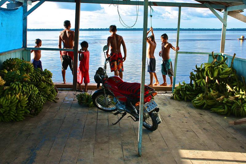 Nina Janev - Amazonian business hours