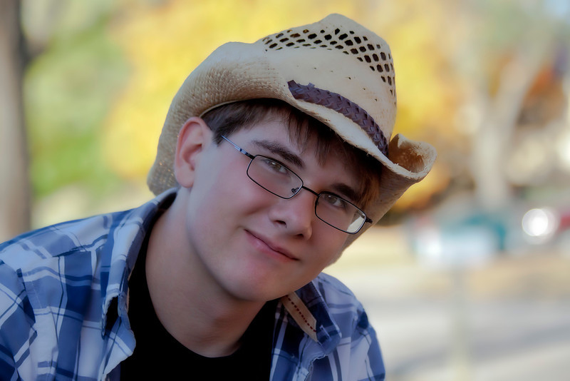 A shot from my senior photo shoot with my nephew in Missouri. I haven't done much portrait work lately. Boy, that was a chore! Great kid. Wish him the best of luck. The world is a lot different now from when I was his age...10.25.11