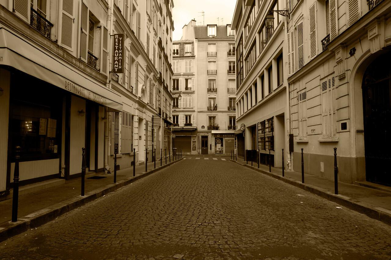 Street Scene: Paris (1)