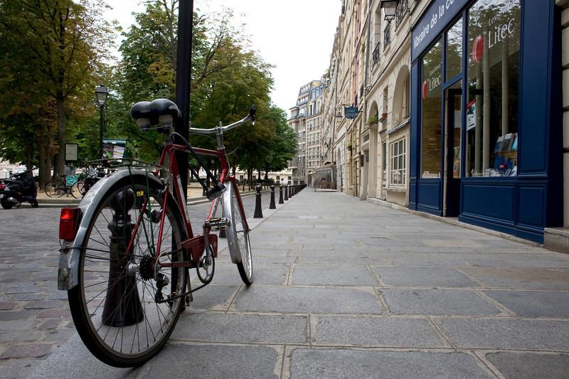 Street Scene: Paris (4)